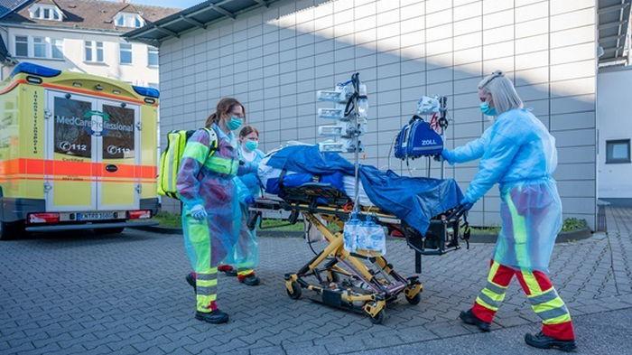 В Германии заявили о четвертой волне COVID