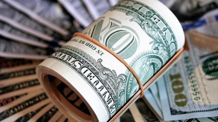 На межбанке курс доллара вырос