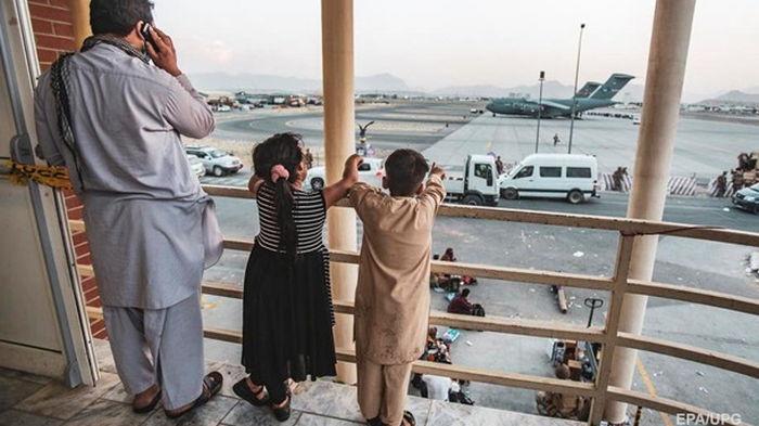 В Афганистане остаются около полсотни украинцев