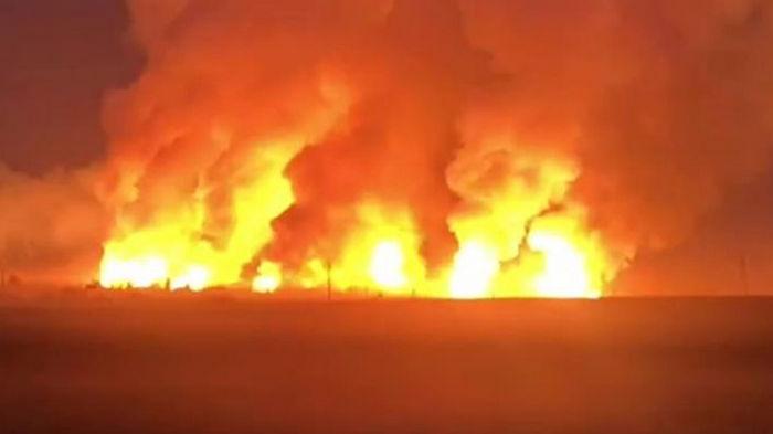 Взрывы на складах в Казахстане: десятки пострадавших