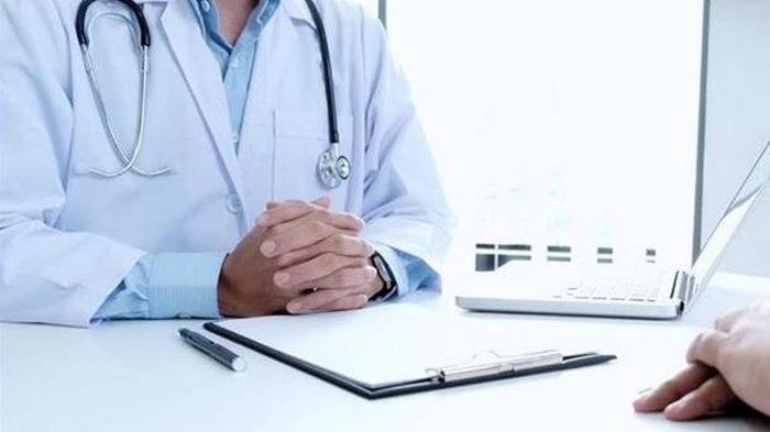 В МОЗ пояснили, почему отсрочили введение электронного больничного