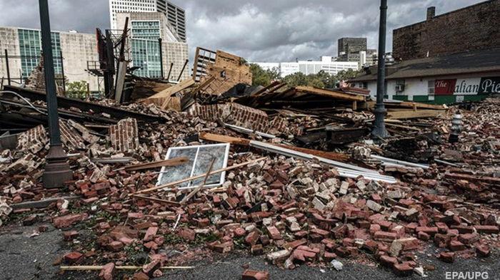 Миллион без электричества. В США пришел ураган Ида (видео)