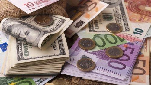 Курсы валют на 1 сентября: гривна вернулась к падению