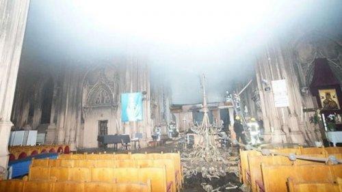 Названа причина пожара в костеле в Киеве