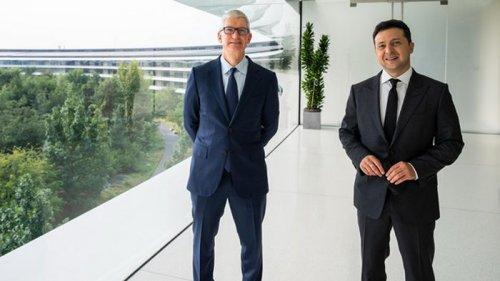 Зеленский встретился с гендиректором Apple