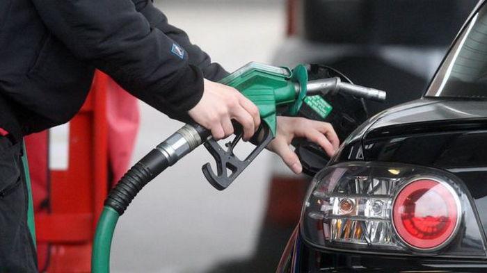Бензин на АЗС подорожал после публикации новой максимальной цены