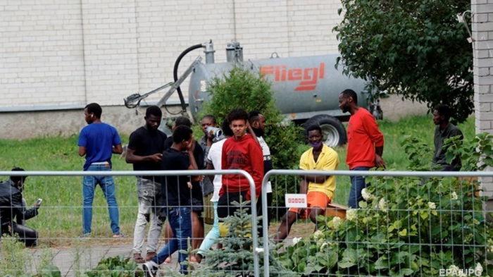 Польский генерал назвал число мигрантов в Беларуси