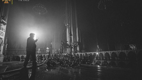 Зеленский поручил срочно отреставрировать костел в Киеве