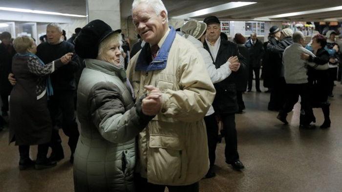 Шмыгаль назвал единственный способ достойных пенсий