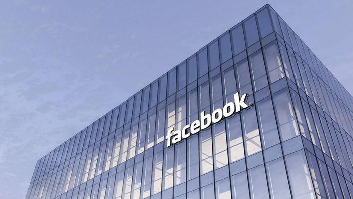 Facebook за $100 млн выкупит неоплаченные счета малого бизнеса