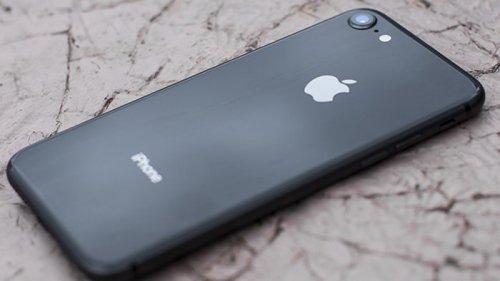 iPhone 8 бу: коротко о самом главном в смартфоне