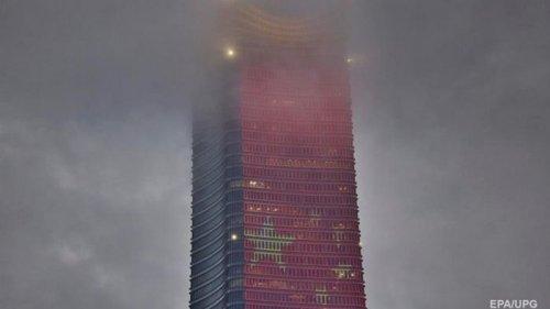 В Шанхае сотни тысяч людей эвакуированы из-за тайфуна (видео)