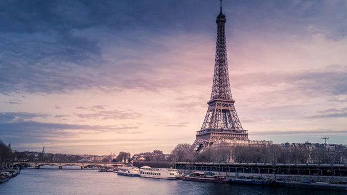 Франция отозвала послов из США и Австралии