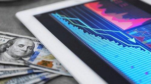 Доллар подешевел: итоги торгов на межбанке