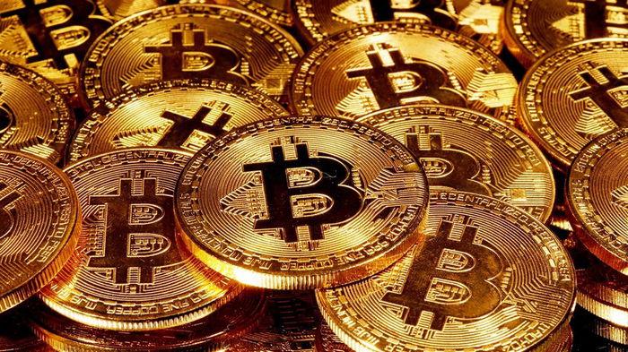 Bitcoin впервые с августа упал ниже $40 000
