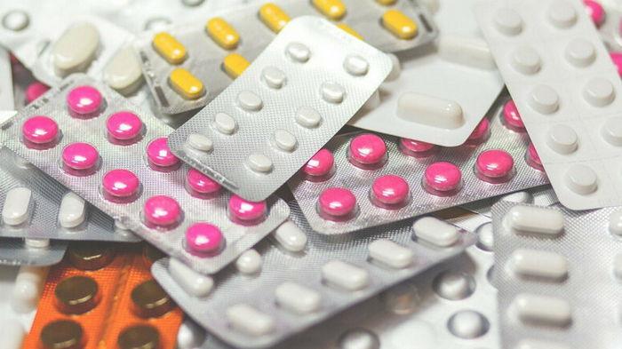 Pfizer проводит испытания таблеток для профилактики COVID-19