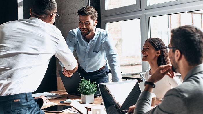 Исследование: мужчины зарабатывают больше женщин в рабочих специальностях