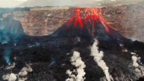 Жители Канар страдают от ПТРС из-за вулкана (видео)
