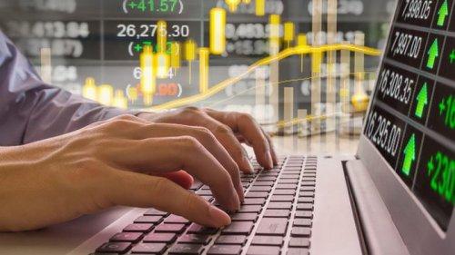 Выгодные инвестиции: во что вложить деньги в октябре