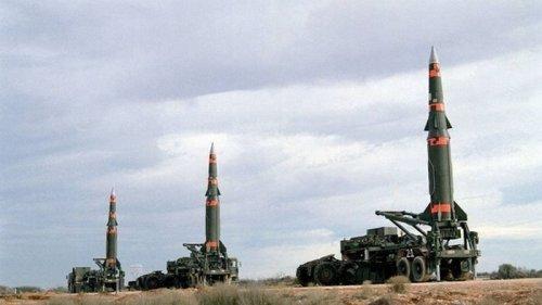 CША впервые за пять лет назвали число ядерных боеголовок