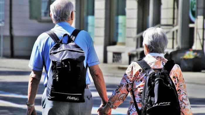 В Раде хотят закрепить пенсии усопших за их супругами