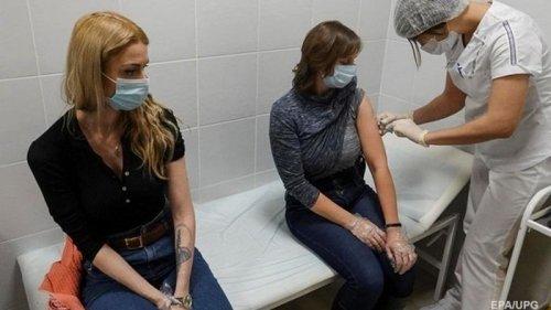 В Украине темпы вакцинации замедлились в пять раз