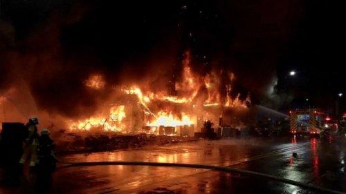 В Тайване загорелся жилой дом, погибли более 40 человек (видео)