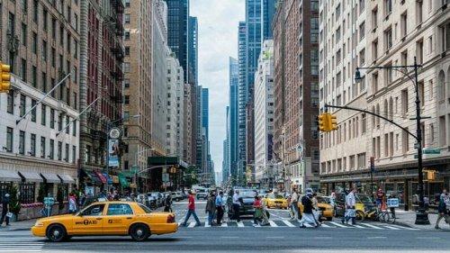 В Нью-Йорке ввели чрезвычайное положение