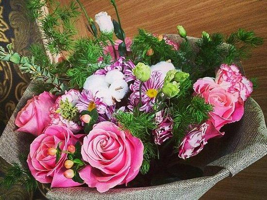 Как разнообразить цветочный букет?