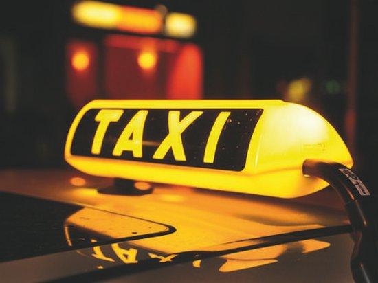 Работа в такси: за и против