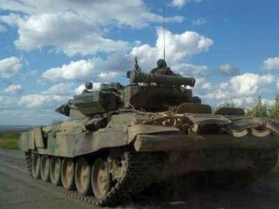 Миссия ОБСЕ нашла возле Мариуполя более 25 танков боевиков